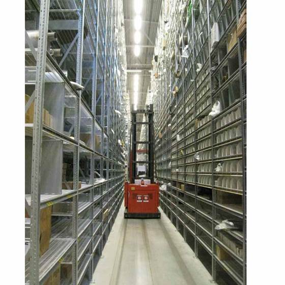 Picture of Silverline Narrow Aisle Shelving